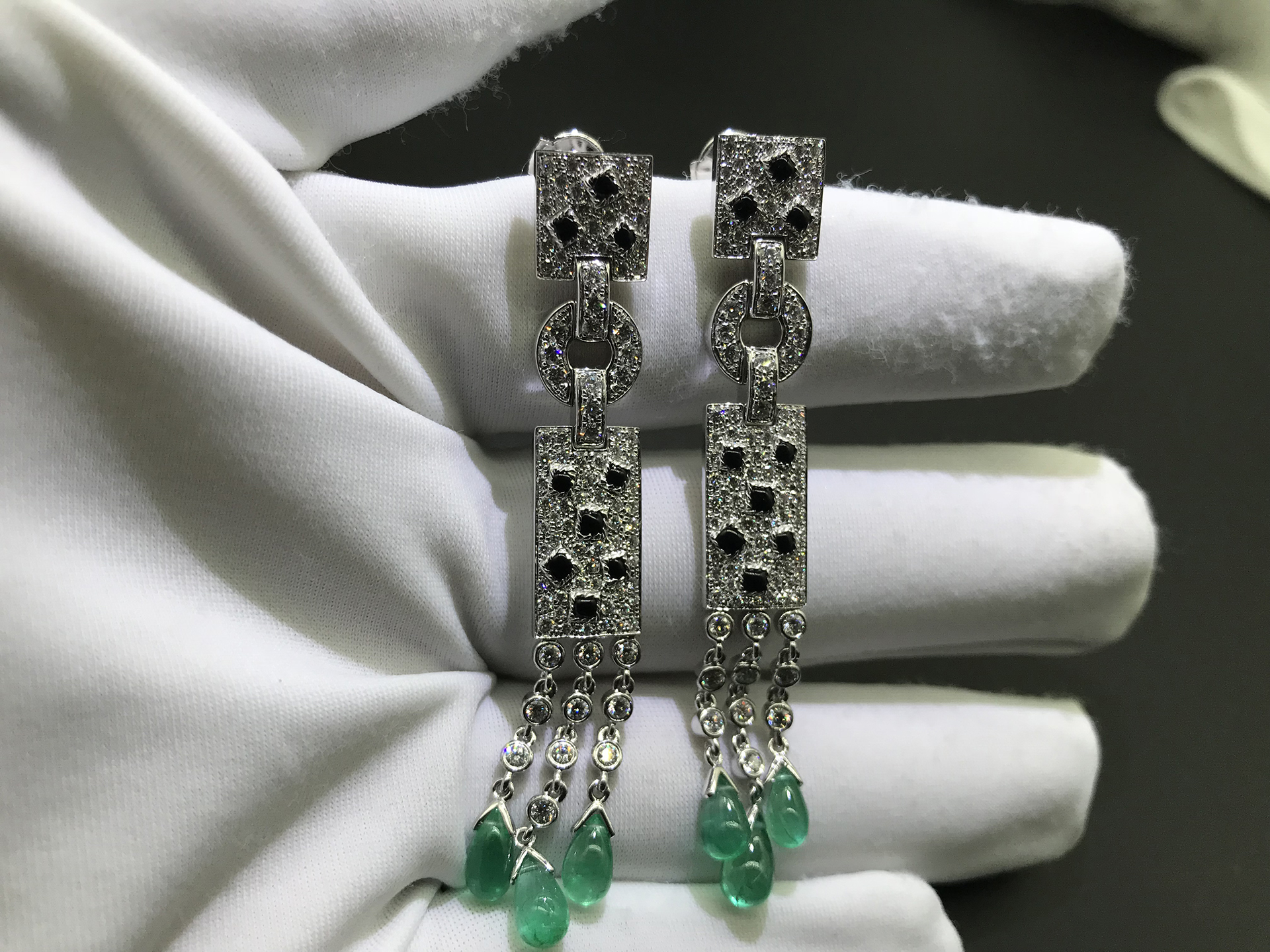 Inspired Panthère de Cartier earrings 18K white gold with diamond and emerald