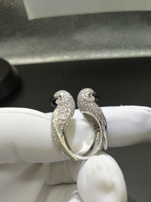 Inspired Cartier Les Oiseaux Libérés Diamond Emerald Onyx Love Birds Parrot White Gold Ring