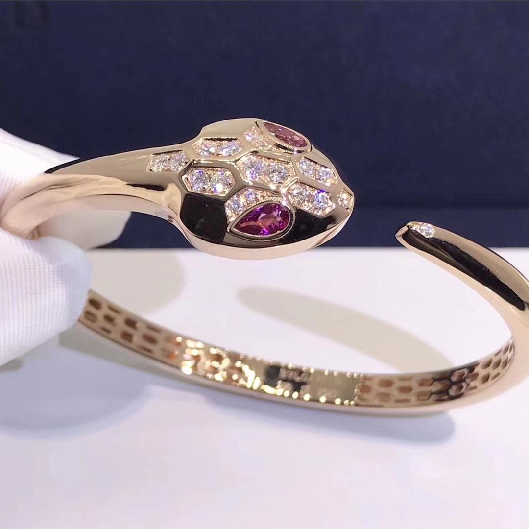Bvlgari Serpenti bracelet in 18kt rose gold set with rubellite eyes and diamond