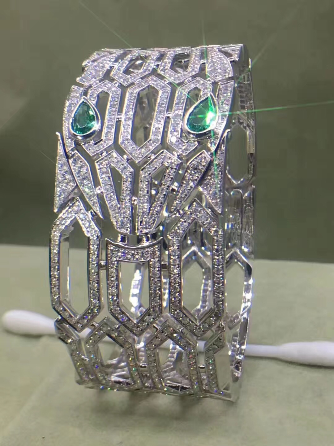 Inspired Bvlgari Serpenti Bracelet 18kt White Gold Pave Diamond with Emerald