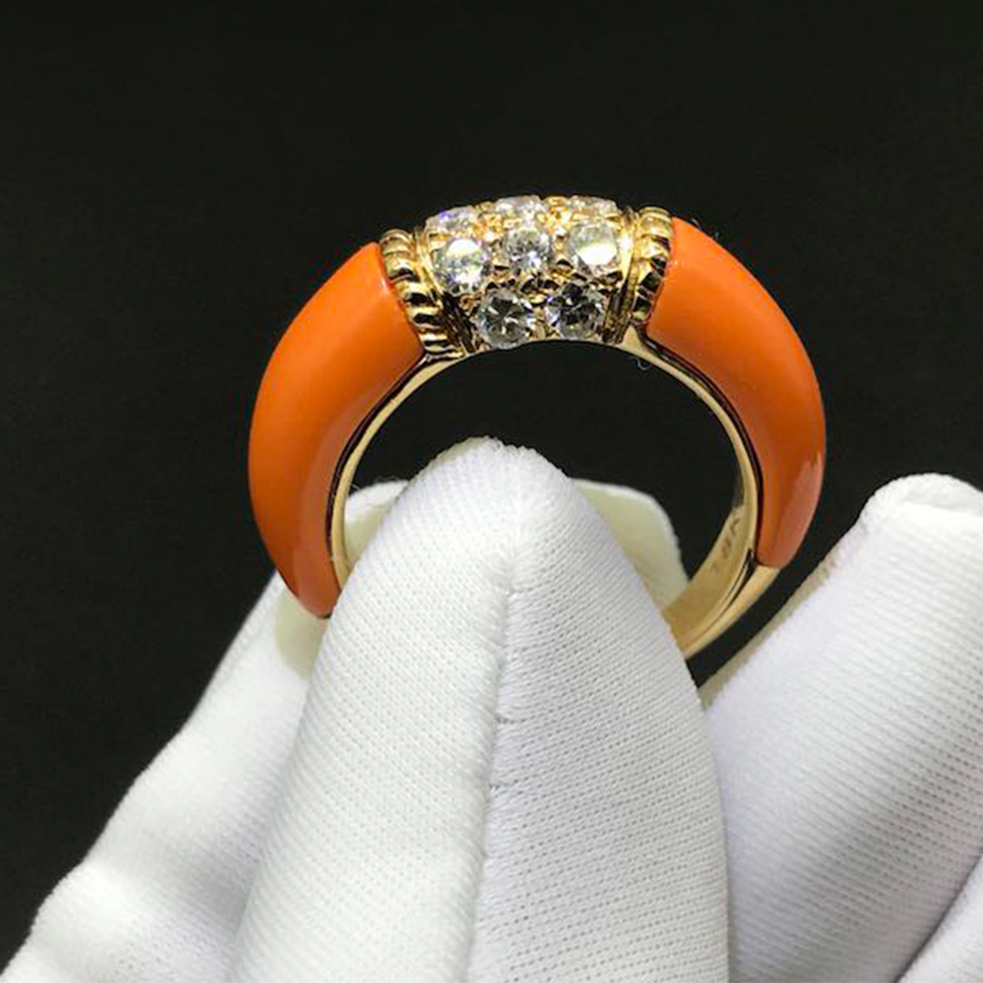 Authentic 18K Van Cleef & Arpels Philippine Ring Orange Coral and Diamonds