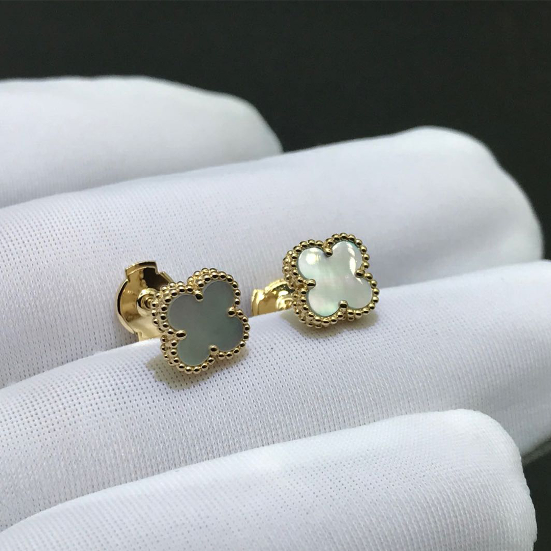 Van Cleef & Arpels Sweet Alhambra Earstuds 18k Yellow Gold with Mother of Pearl Motifs VCARA44800
