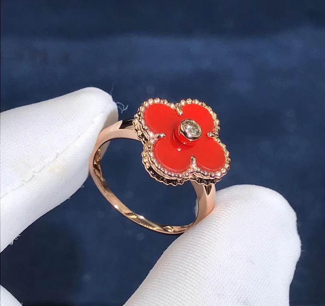 Van Cleef & Arpels 18K Yellow Gold Carnelian Diamond Vintage Alhambra Ring VCARD40800