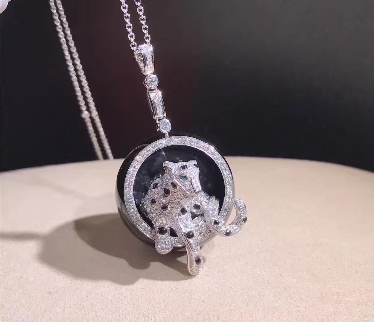 18K white gold panthere de Cartier necklace pavé-set with diamonds N3109300