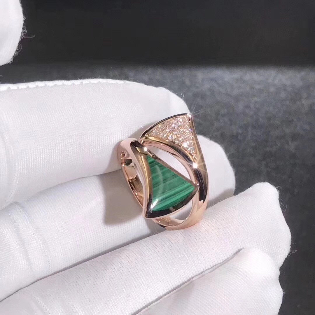 Discount Bvlgari DIVAS' DREAM ring in 18kt rose gold set with malachite and pavé diamonds